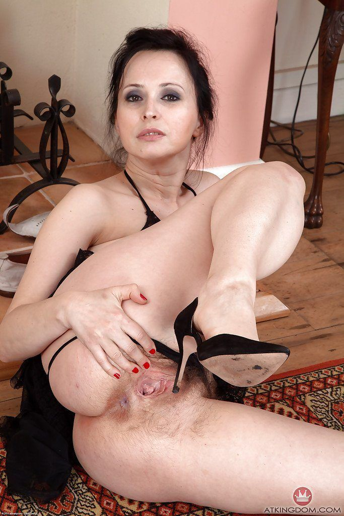 Wife fucked by black dick