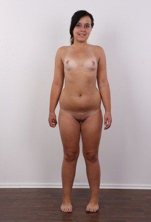 Tits nackt small chubby Small Tits