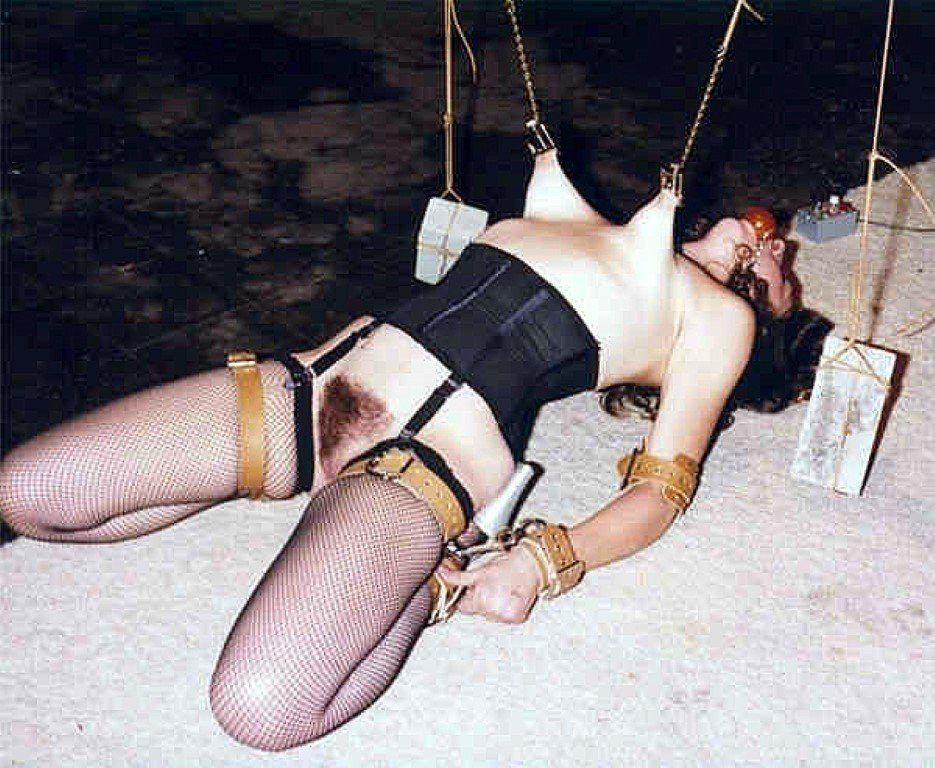 Extreme nipple stretching bondage