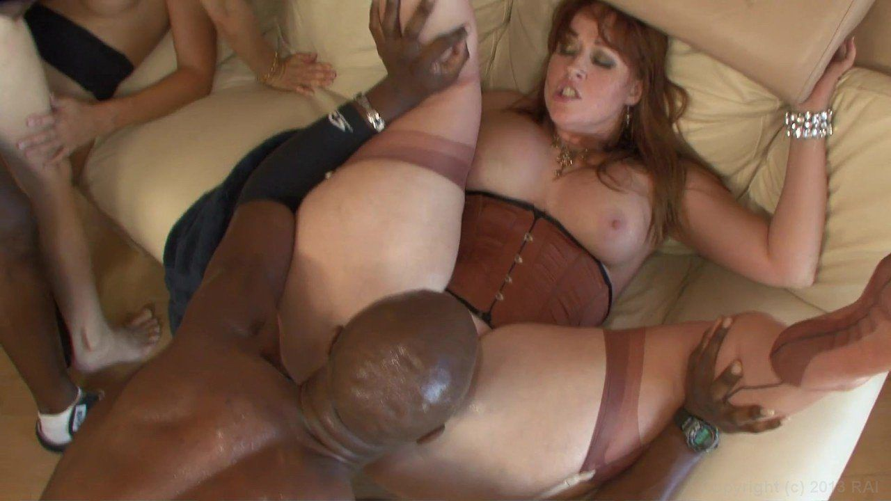 Mastadon reccomend Naked hot milf interracial