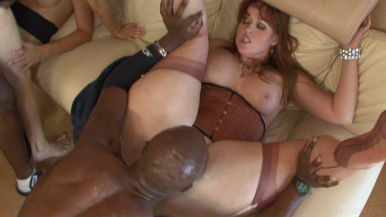 Mastadon reccomend Naked hot milf interracial