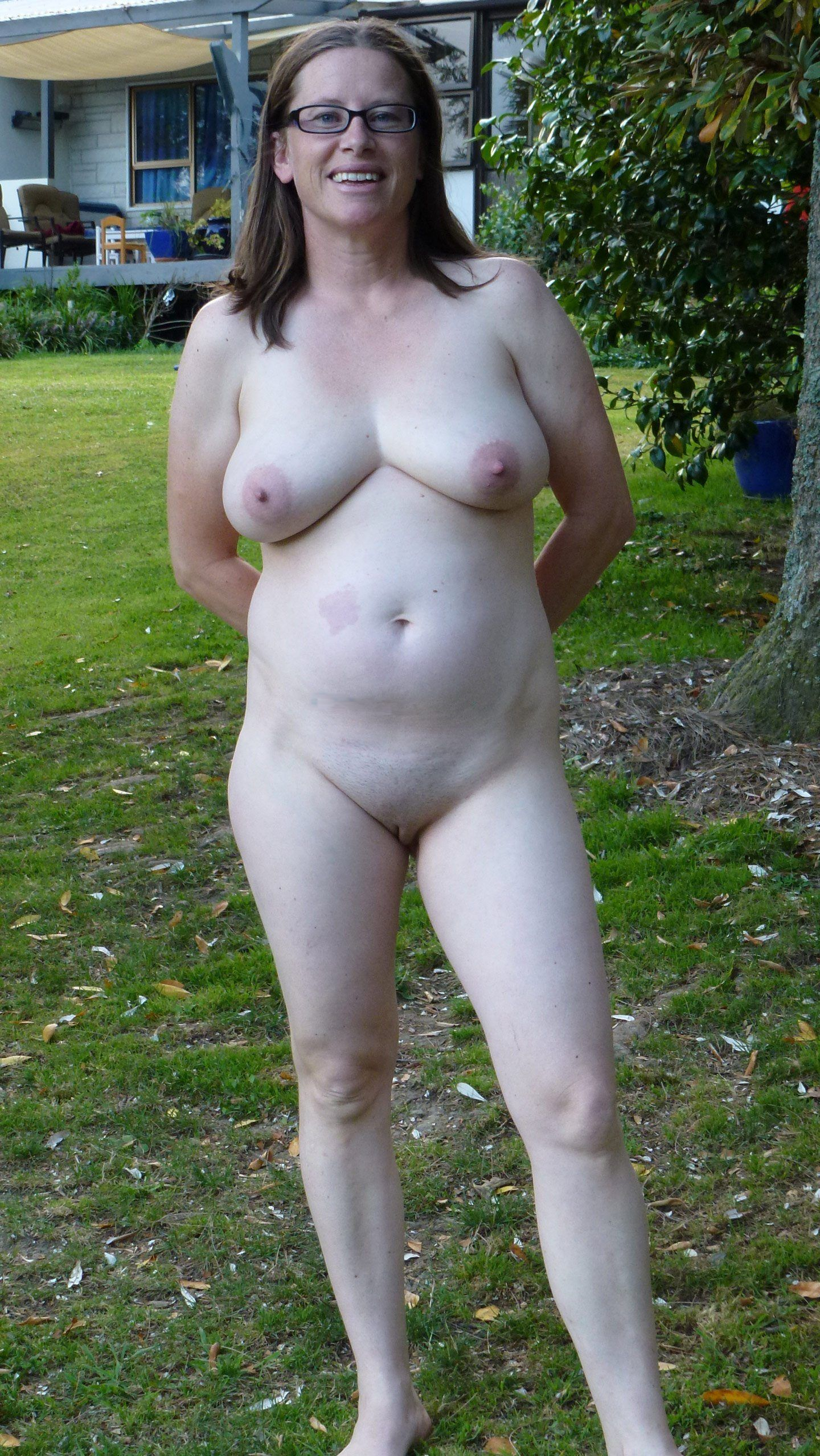 Plump average women naked